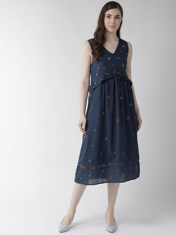 Navy Blue Sleeveless Embroidered Dress