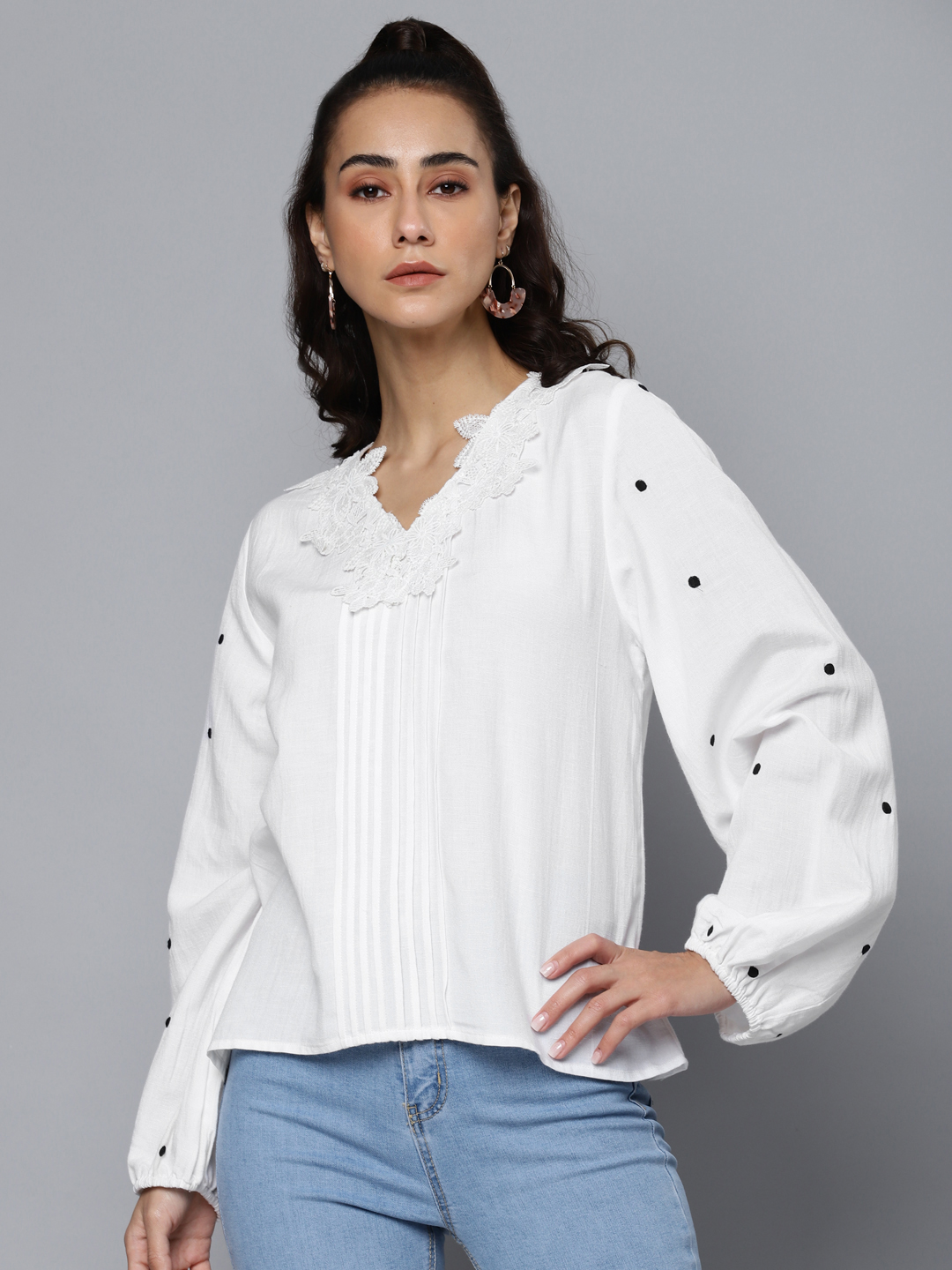 White Pure Cotton Solid Lace Insert Puff Sleeve Top
